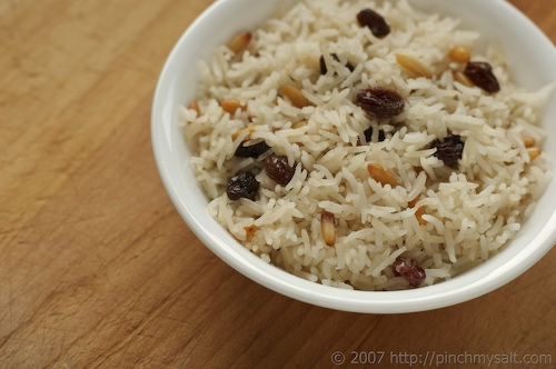 Simple Side Dish: Rice Pilaf with Raisins and Pine Nuts