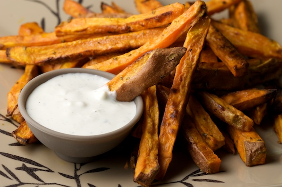 Oven Baked Sweet Potato Fries with Rosemary and Garlic | pinchmysalt ...