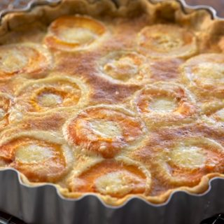 Food Blog Friday: Apricot Almond Tart from Tartelette