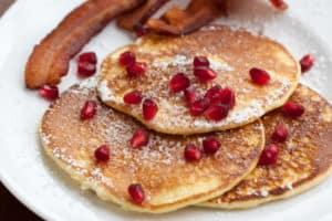 Light and fluffy lemon pancakes recipe | pinchmysalt.com
