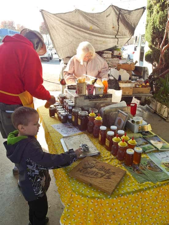 Bob's Honey at the Farmer's Market