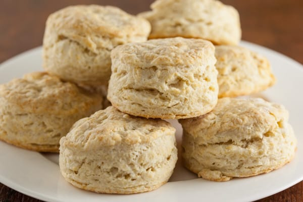 Quick and easy buttery sourdough biscuits recipe | pinchmysalt.com