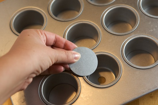 How to use a mini cheesecake pan | pinchmysalt.com
