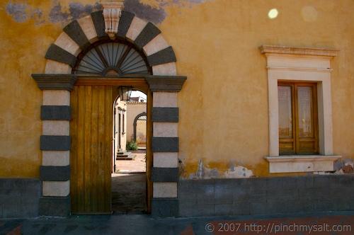 Courtyard in San Pietro Clarenza