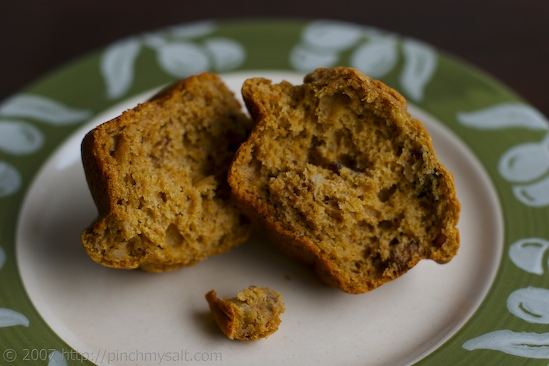 Whole Wheat Pumpkin Muffins with Cranberries and Walnuts   pinchmysalt.com