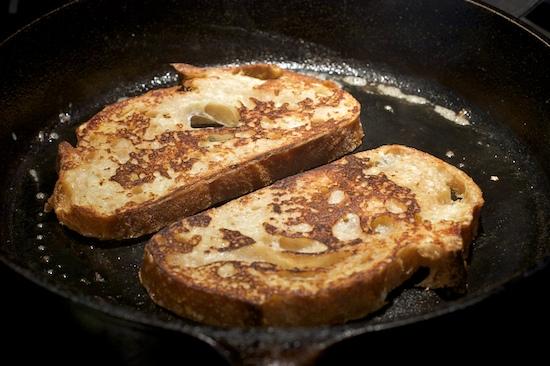 Easy Basic French Toast Recipe | pinchmysalt.com