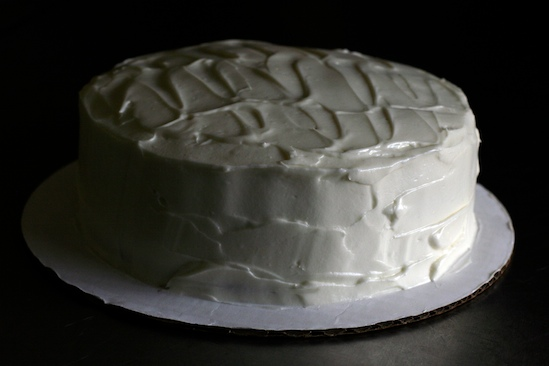 Red Velvet Cake with Cream Cheese Frosting | pinchmysalt.com