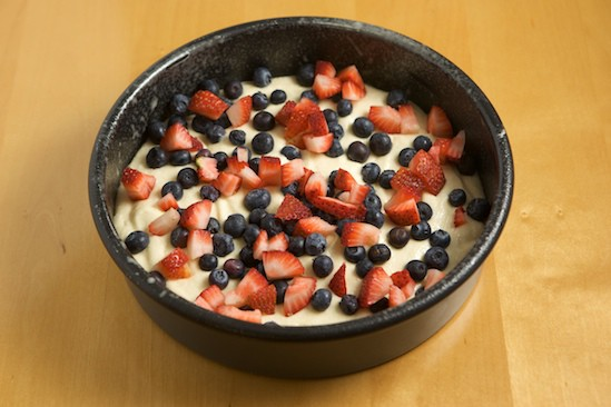 Sprinkle the Cake Batter with Fresh Berries