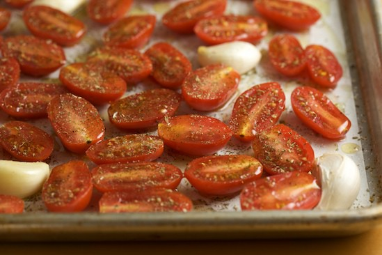 Cut Tomatoes with Herbs and Olive Oil