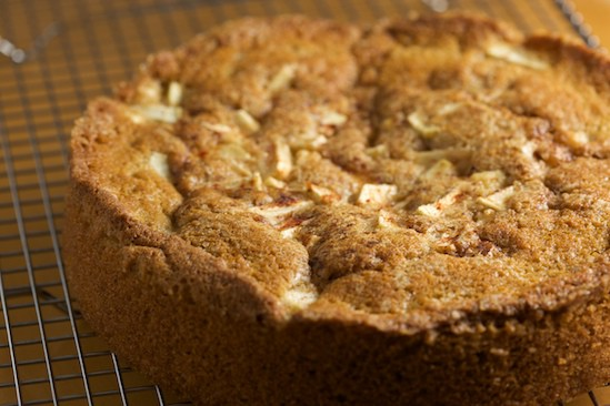 Apple Cinnamon Buttermilk Cake Cooling