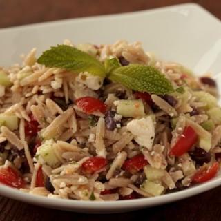 Whole Wheat Greek Orzo Salad recipe | pinchmysalt.com