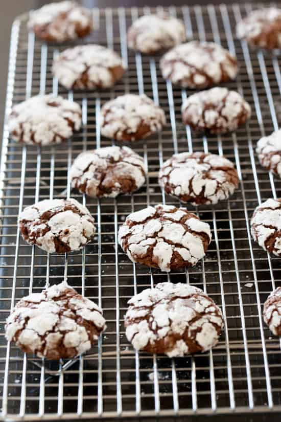 Chocolate Crackle Cookies on cooling rack | pinchmysalt.com