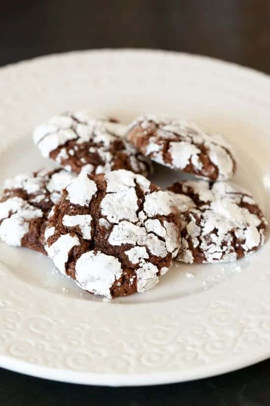 Chocolate Crackle Cookies | pinchmysalt.com