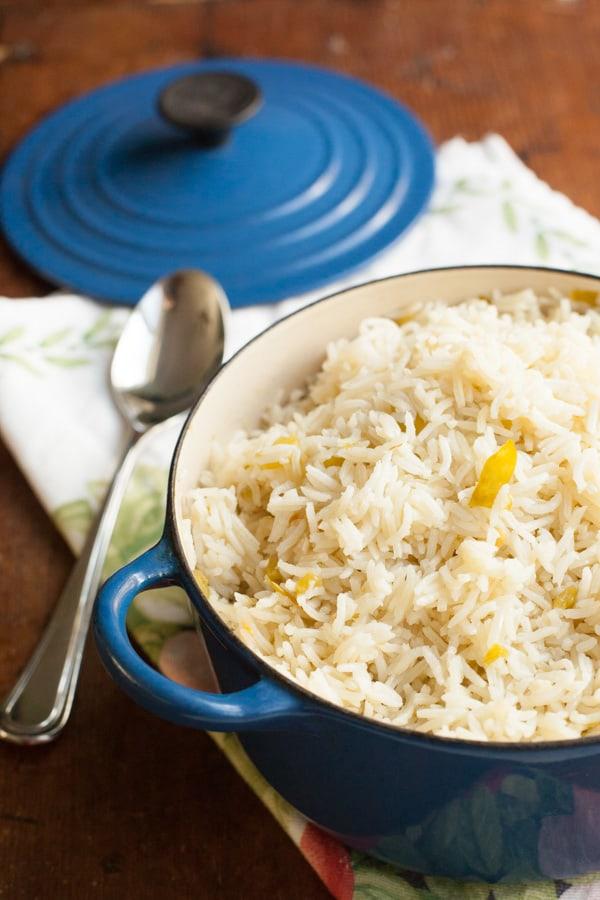 Green Chile Rice   pinchmysalt.com