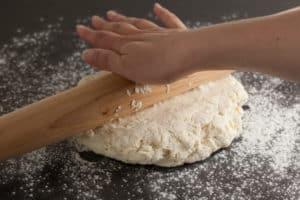 Roll out dough | pinchmysalt.com