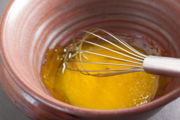 Whisking egg yolks for lemon cream pie | pinchmysalt.com